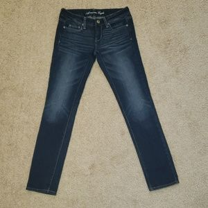 American Eagles Outfitters Jeans